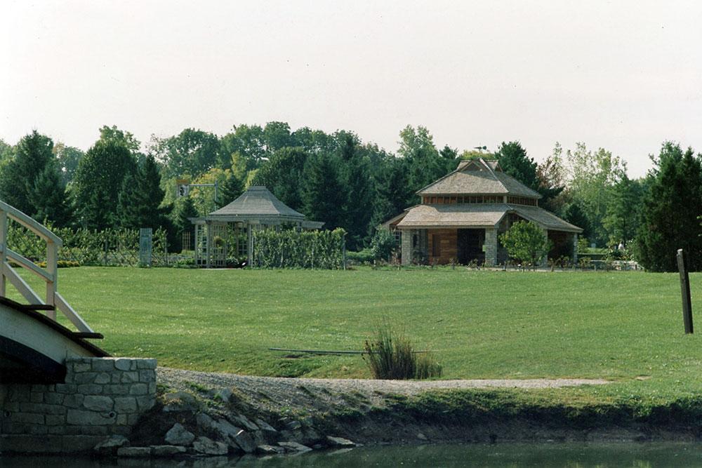 Edible Garden Pavilion Cox Arboretum 05