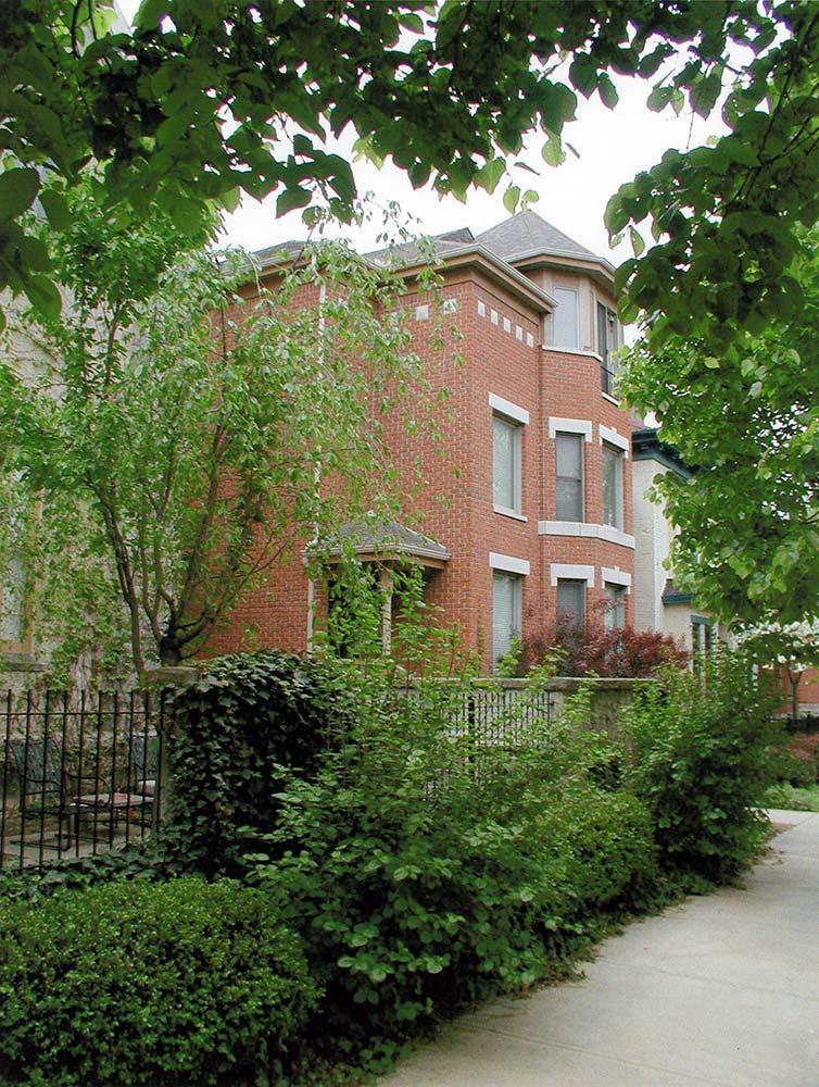 Van Buren Street Condominium 01