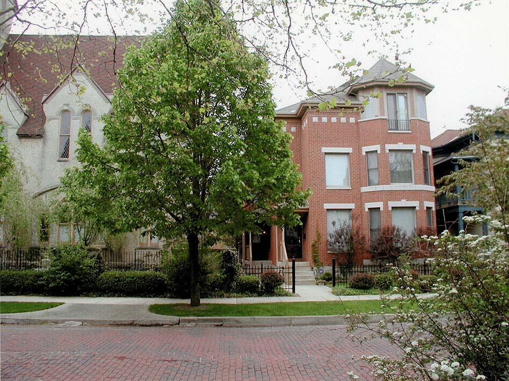 Van Buren Street Condominium 03
